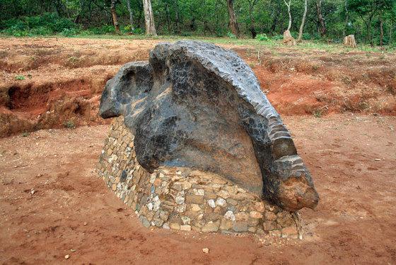 Wikipedia nuotr./800 Mbozi meteoritas Tanzanijoje