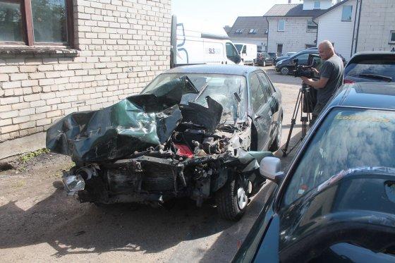 Tomo Markelevičiaus nuotr./Automobilis po avarijos