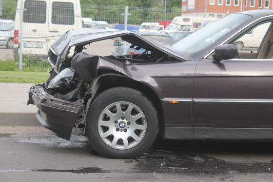 Tomo Markelevičiaus nuotr./BMW po avarijos