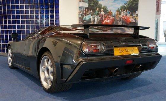 """Pistonheads.com nuotr./""""Bugatti EB110"""""""