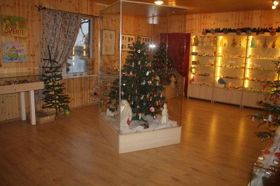 Tomo Markelevičiaus nuotr./Kalėdinių žaisliukų muziejuje
