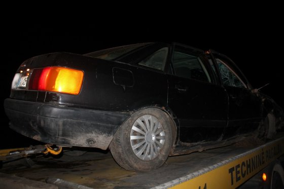 """Tomo Markelevičiaus nuotr./Pavogtas ir sudaužytas """"Audi 80"""""""
