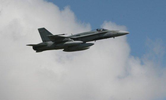 Alvydo Januševičiaus nuotr./NATO oro policijos misija – Kanados naikintuvai F-18