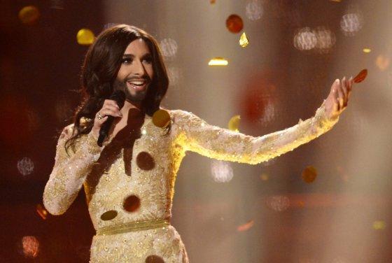 """AFP/""""Scanpix"""" nuotr./""""Eurovizijos"""" nugalėtoja Conchita Wurst iš Austrijos"""