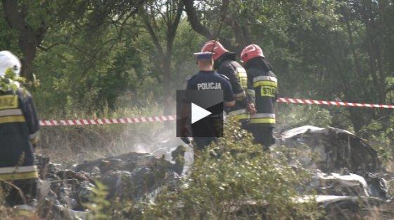 Stop kadras/Lenkijoje sudužo lėktuvas.