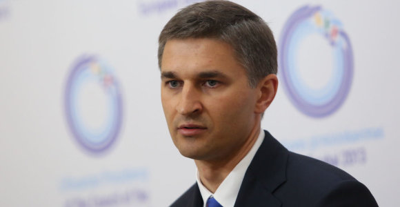 Lithuanian energy minister expects Gazprom to cut gas price to 'market level'