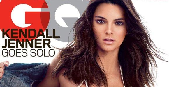Kim Kardashian sesuo manekenė Kendall Jenner vyrų žurnalui GQ pozavo pusnuogė