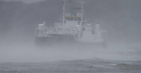 """Norvegijoje dirbantis Ernestas: """"Panašu, kad uraganas stiprėja. Įdomu, ar plauks keltai?"""""""