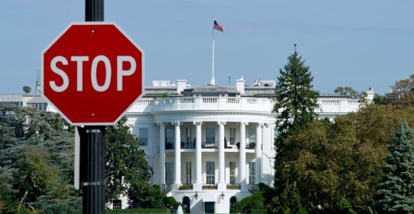 Iš ko skolinasi amerikiečiai? Didžiausių JAV kreditorių sąrašas