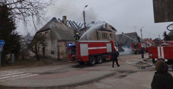 Biržuose ugnis suniokojo į paveldo objektų sąrašą įtrauktą seniausią gyvenamąjį miesto namą