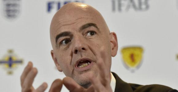 Į FIFA pinigus asmeninėms reikmėms taškantį Gianni Infantino – kritikų strėlės