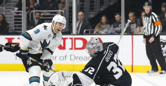 NHL: Dainius Zubrus šventė pergalę