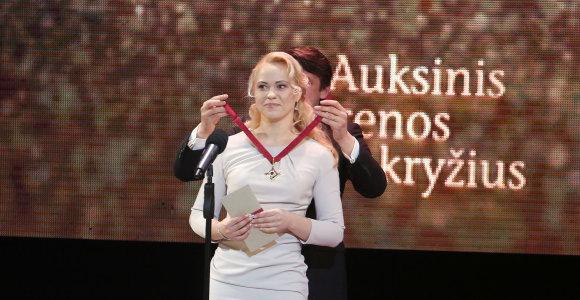"""Kaune įteikti """"Auksiniai scenos kryžiai"""" – apdovanoti geriausi Lietuvos teatro menininkai"""
