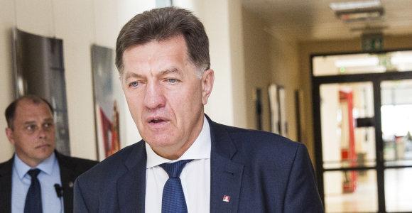 Premjeras: V.Baltraitienė turi išsklaidyti abejones dėl interesų konflikto
