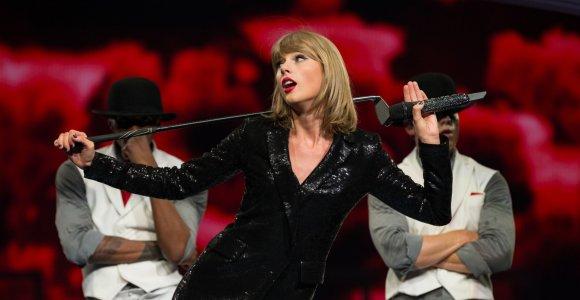 """Paskelbti """"Grammy"""" nominantai: Taylor Swift pretenduoja laimėti visose svarbiausiose kategorijose"""