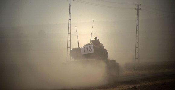 Turkams Sirijos šiaurėje padės ir JAV aviacija