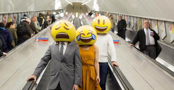 Pamirškite slaptažodžius: britų bendrovė vietoje jų siūlo naudoti emoji šypsenėles