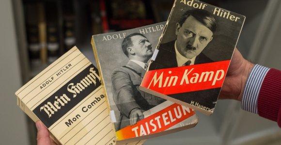 """""""Mein Kampf"""" atgimimas: kaip nacių biblija Vokietijoje tapo bestseleriu"""