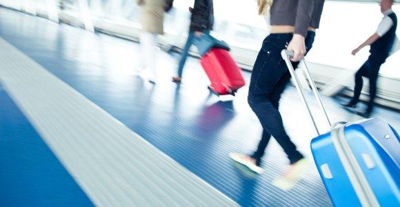 Lėktuvai kyla pilni: noras keliauti nugali terorizmo baimę
