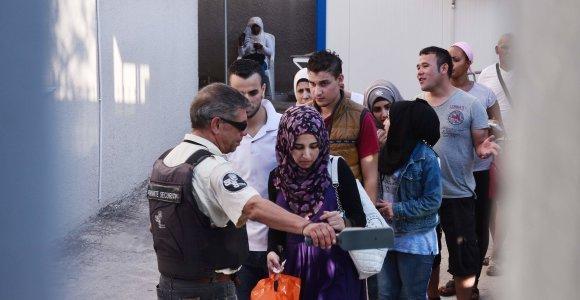 Italija ir Graikija: kodėl nenorite mums padėti ir priimti migrantų?