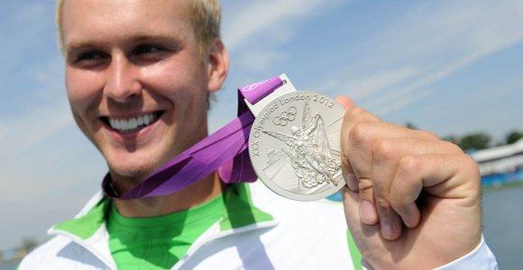 Baisiausia pasaulyje irklavimo bazė, kurioje treniruojasi olimpinis vicečempionas Jevgenijus Šuklinas: kuo blogiau, tuo geriau?
