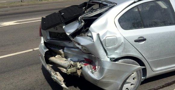 Masinė avarija Vilniuje – apdaužyti šeši automobiliai