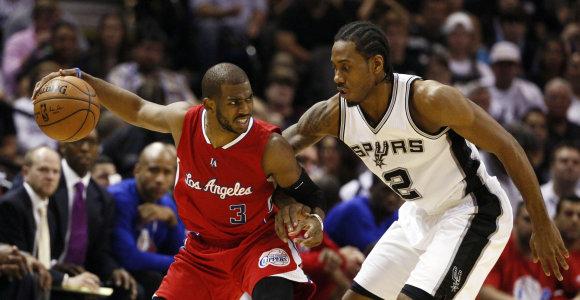 """Kawhi Leonardo vedami NBA čempionai nušlavė """"Clippers"""" ir serijoje jau pirmauja"""
