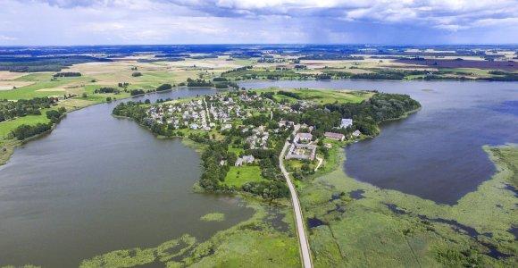 Salos. Gyventi ežero vidury