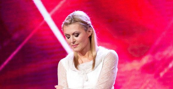 Tiesioginio eterio metu scenoje susigraudino aktorė Eglė Jackaitė