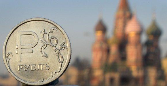 Pigus rublis tirpdo rusų algas ir artina prie kitų posovietinių šalių lygio