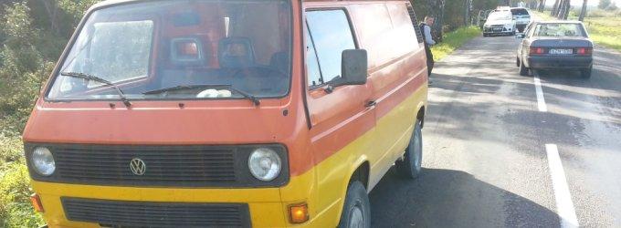 Prie Šilutės autobusu iš mokyklos parvykusį 8 metų berniuką šalia namų parbloškė mikroautobusas