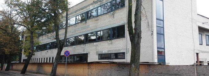 5 mln. litų kainavusi Kretingos biblioteka ėmė griūti dar nė nepastatyta