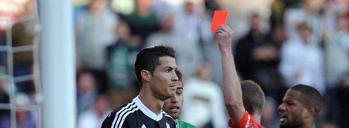 """Nuo Cristiano Ronaldo smūgio nukentėjęs """"Cordoba"""" gynėjas prašo varžovui malonės"""