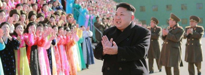 Šiaurės Korėjos vado Kim Jong Uno baimių sąrašas: nuo filmo iki Kalėdų eglės ir Biblijos