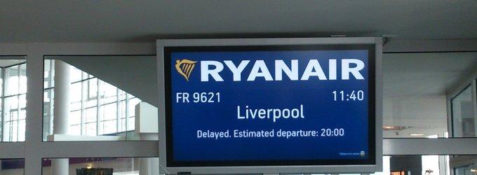 """Dėl gedimo """"Ryanair"""" atidėjo skrydį iš Vilniaus 6 val."""