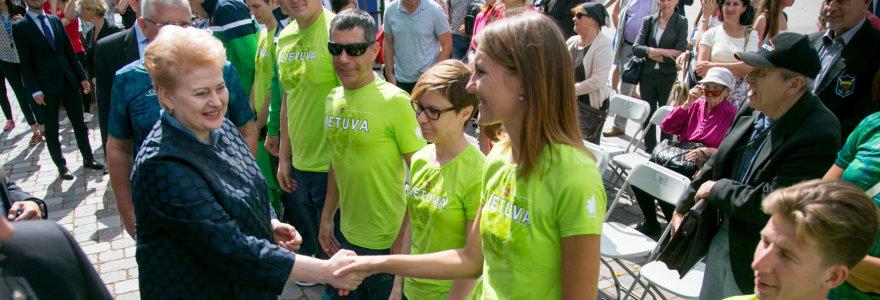Parolimpiečius išlydėjusi D.Grybauskaitė: parolimpines žaidynes vertinu labiau nei olimpines