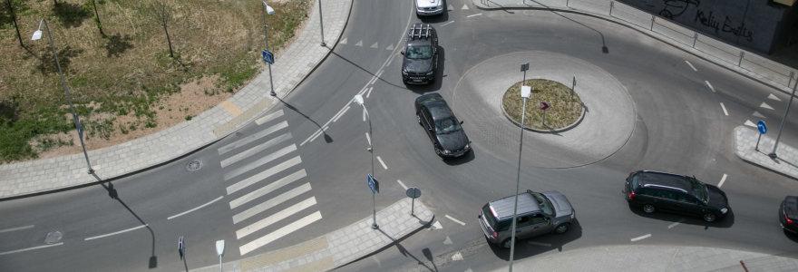 Automobilio mokestis: kokia jo nauda, žala ir kam jis reikalingas?