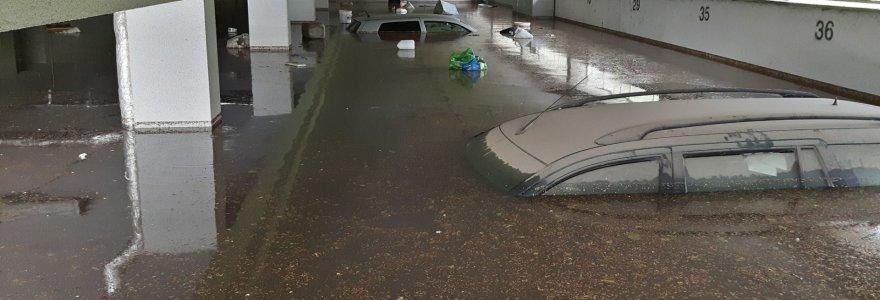 Turtą liūties vandenyje palaidoję kauniečiai ieško kaltų: kodėl skęsta Kaunas?