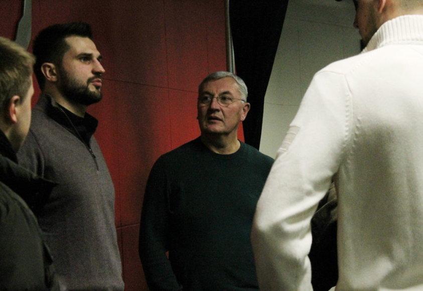 Jonas Kazlauskas susitiko su Linu Kleiza ir Jonu Valančiūnu